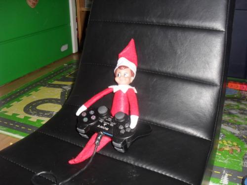 Elf On The Shelf Gamer