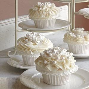 wedding wedding wedding  cup cakes