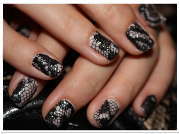 Lace Manicure DIY