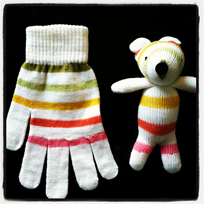 Cute idea to use those poor little matchless gloves we always end up with each y