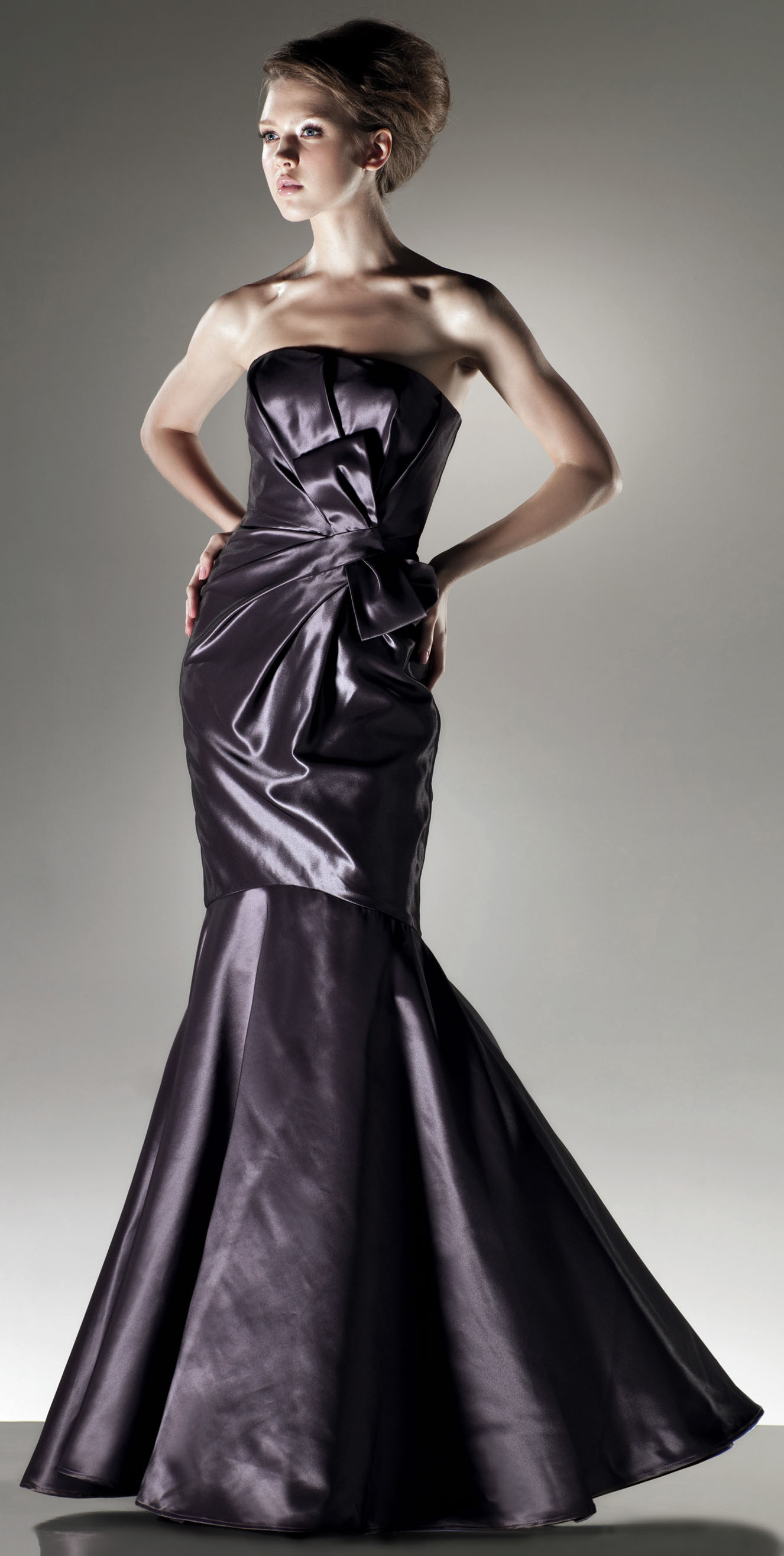 Halter A-line with beading embellishment satin bridesmaid dress,gowns