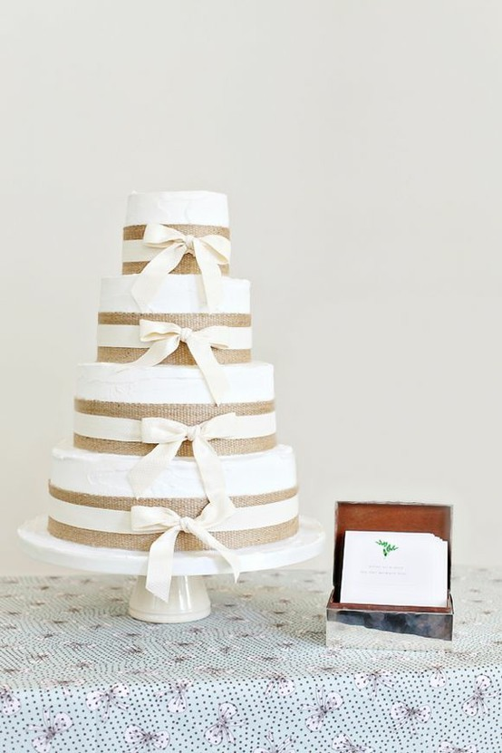 Burlap Wedding Cake!