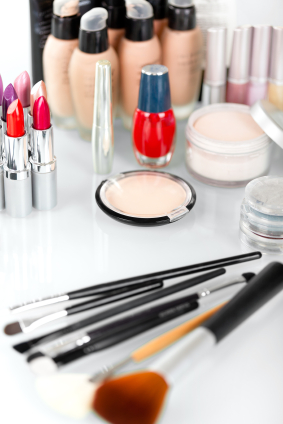 10 Best Drugstore Makeup Buys that are Better than Department Stores