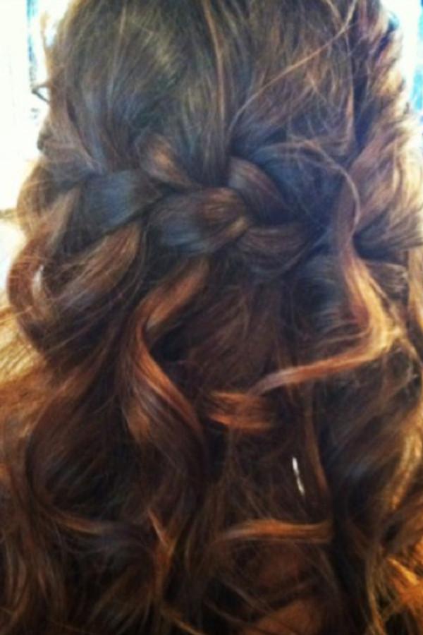 How Can I Do My Hair For A Wedding