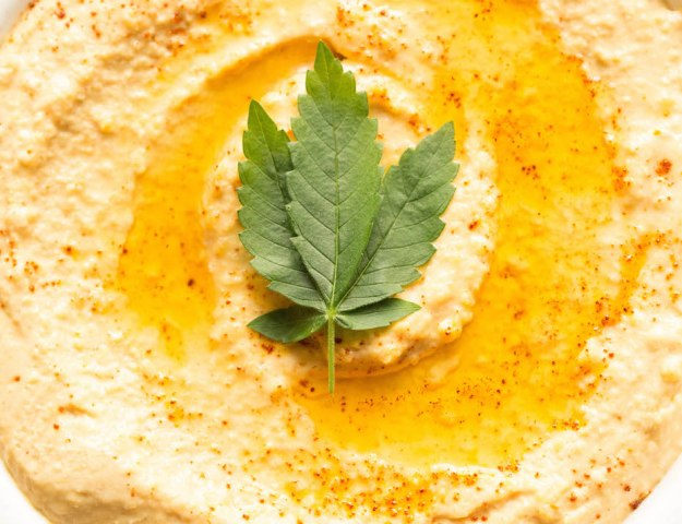 Marijuana Hummus Recipe - A healthy weed edible.