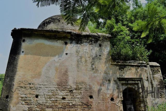 nursing phuwaar hindu temple