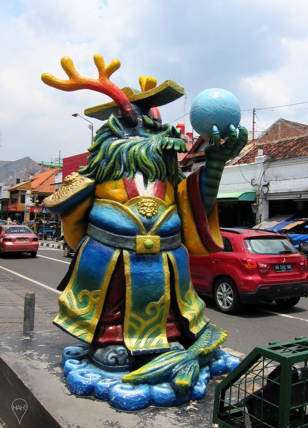 The streets of Jogja also have three-dimensional art.