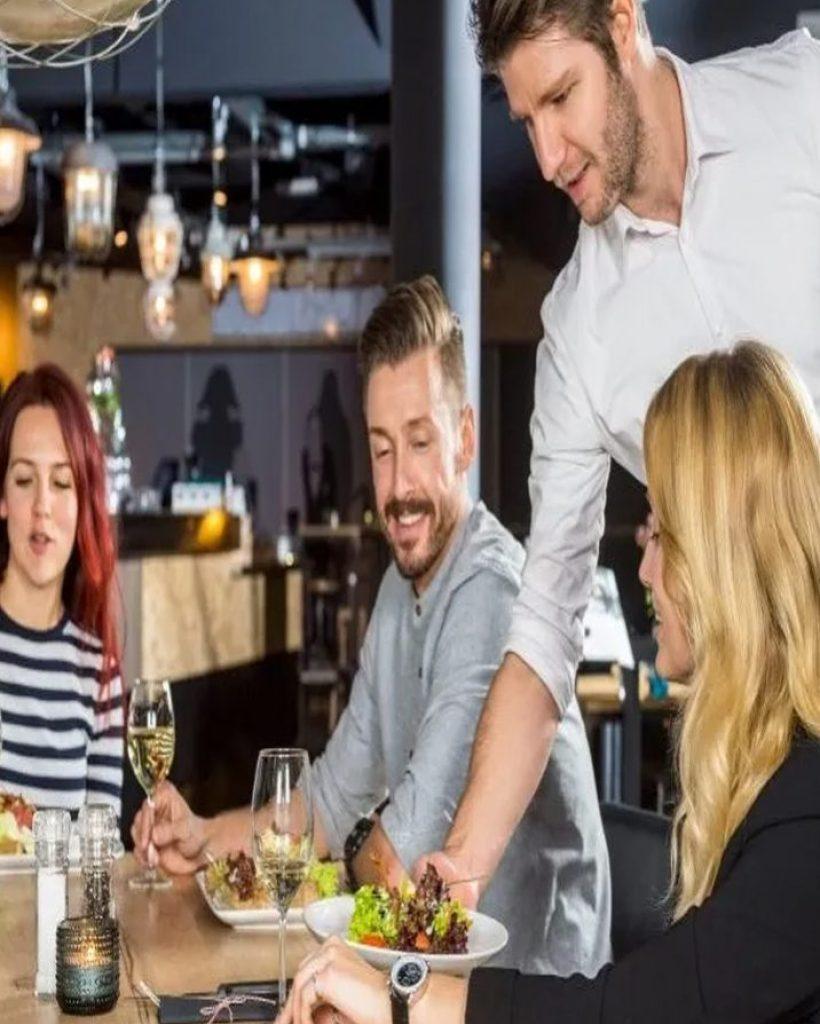 Retail-Hospitality-Security-820x1024