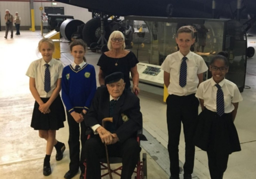 Chance meeting with Second World War air gunner brings school history trip to life