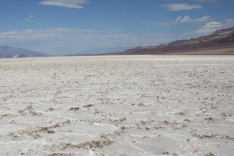 Połacie soli w Badwater