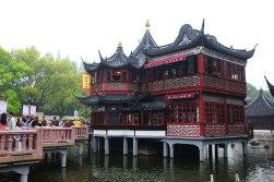 Yuyuan - herbaciarnia celebrytów i mostek chroniący przed duchami