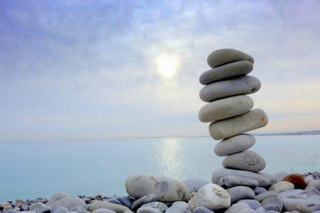 Cairn beach art