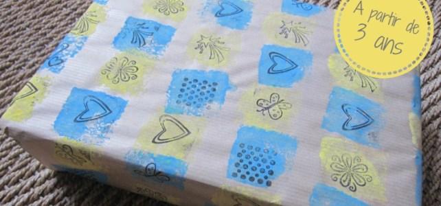 Papier cadeau perso  #2 : La frise de tampons