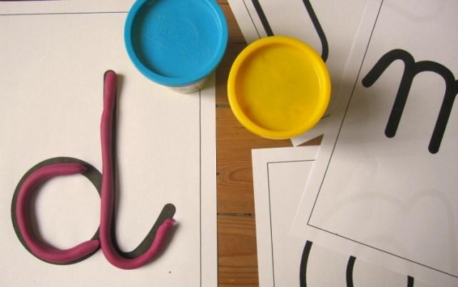 lettres pâte à modeler
