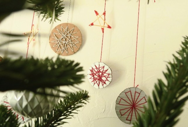 DIY Noël des boules en carton activité enfant
