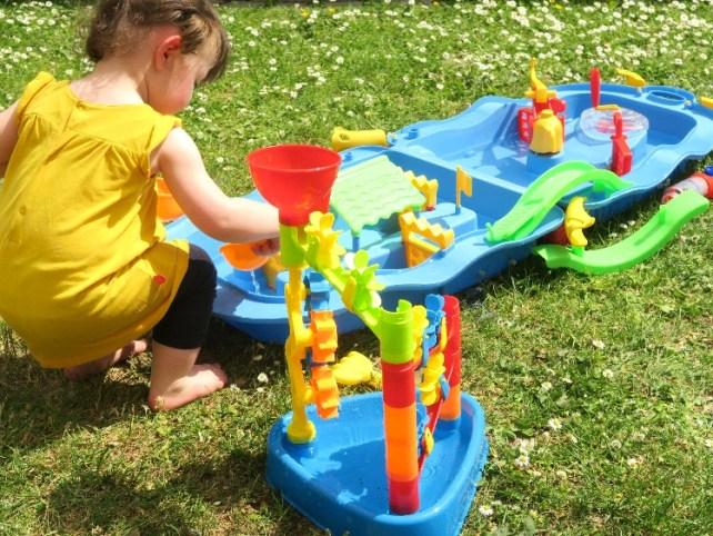 circuit à eau Action jeu enfant été chaleur