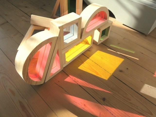 dessiner ombres de couleurs blocs transparents