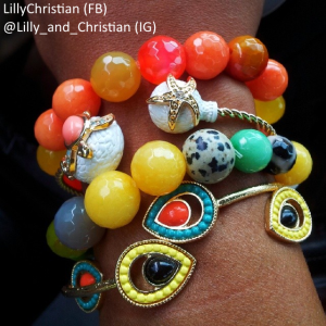 "<a href=""http://howiwearit.com/?p=1306""><b>Lillys Arm Candy!</b></a>"