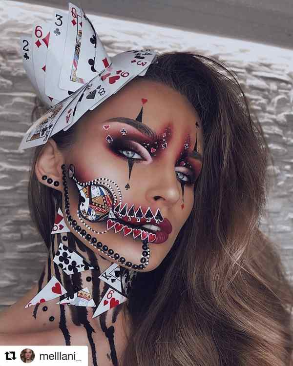 Halloween makeup looks 1018201928 - 90+ the Best Halloween Makeup Looks to Copy This Year