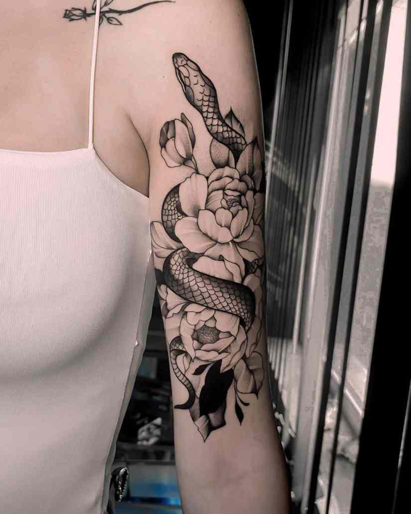 Peony Tattoo 2020091406 - 15 Gorgeous Peony Tattoo Ideas and Meanings