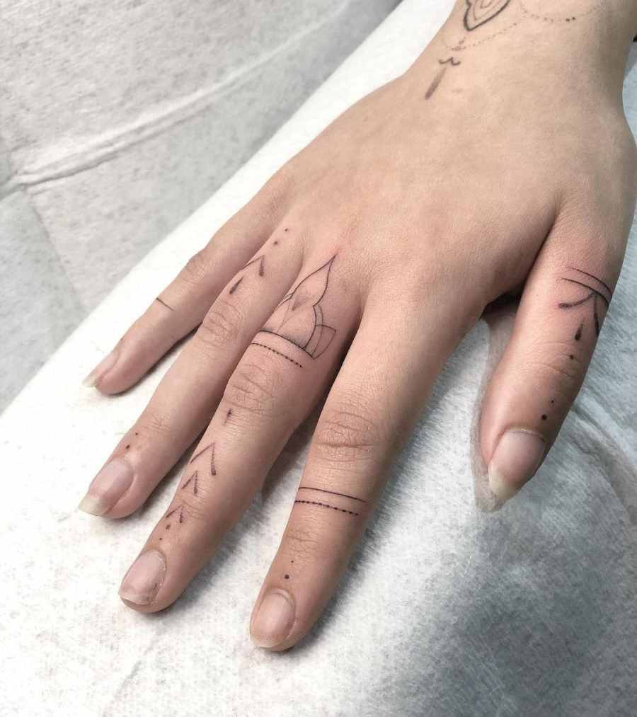 Finger Tattoos 2021050208 - The Best Finger Tattoos to Impress You