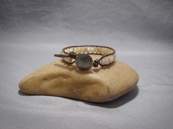 Single wrap bracelet Mother of Pearl large Rice