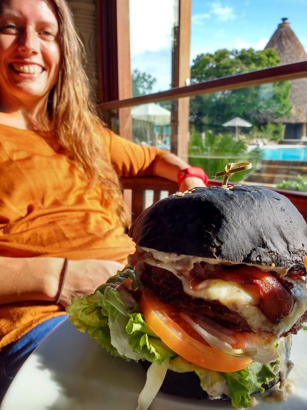 No it isn't burnt - it is a black burger