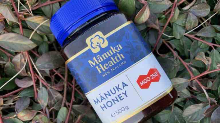 Manuka honey, a natural and healthy dietary supplement