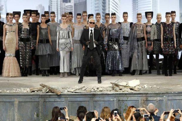 Karl Lagerfeld like a boss