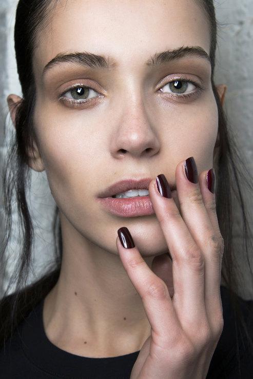 Kenneth Cole Dark shades manicure Fall 2015 Winter 2016