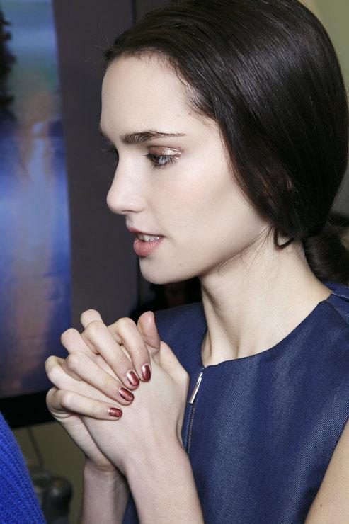 Richard Nicoll Dark shades manicure Fall 2015 Winter 2016