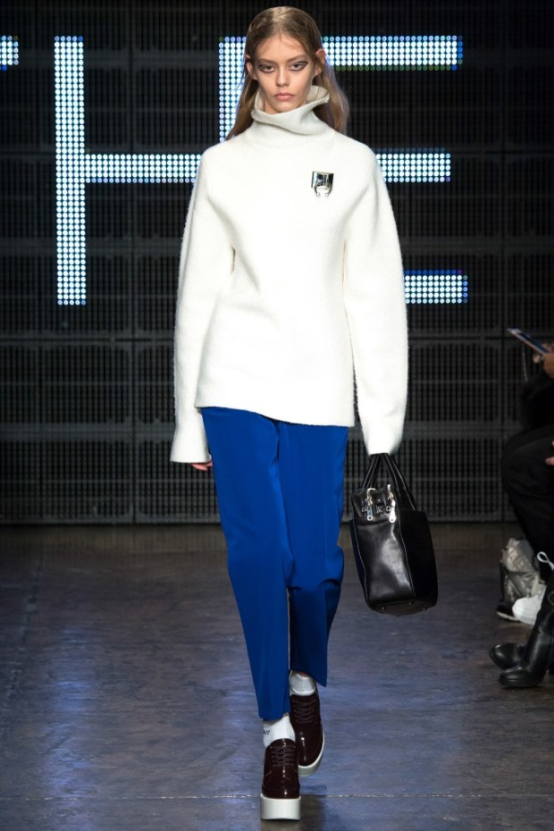 2 DKNY Fall Winter 2016 2017 Collection