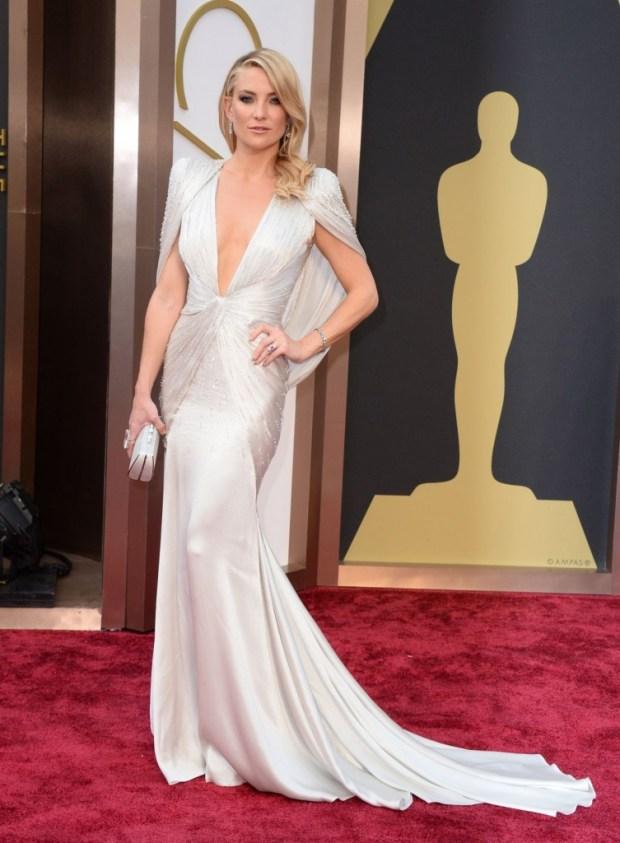 Kate Hudson in Versace dress, 2015