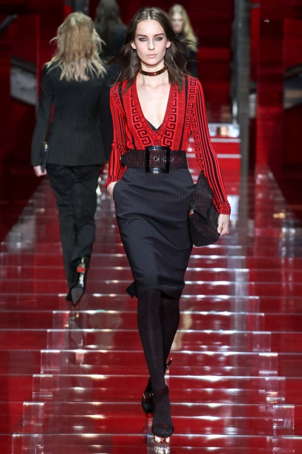 5 Versace Fall Winter 2016 2017 Collection