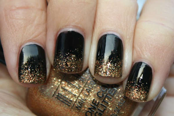 black nail ideas with glitter