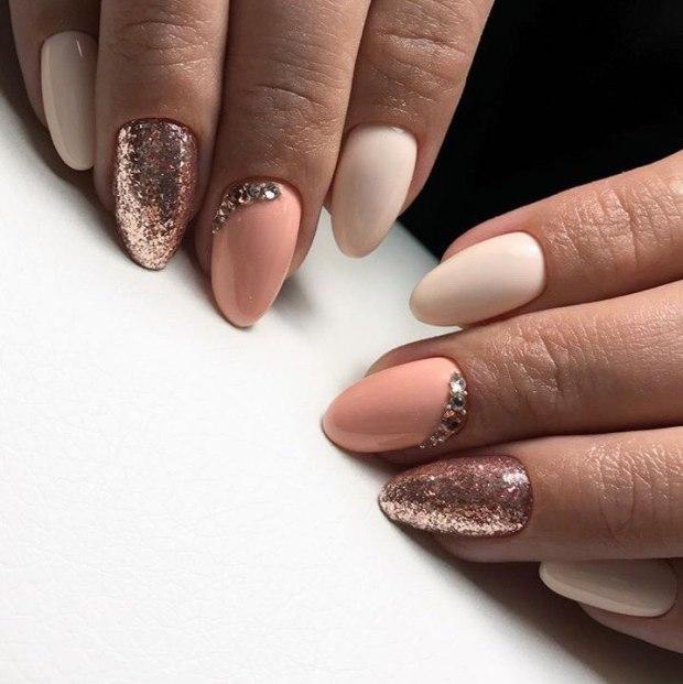 Almond nail designs