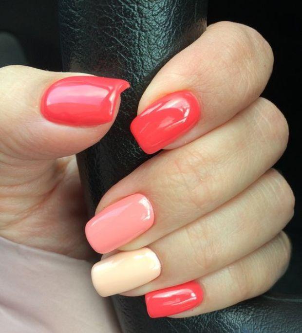 Coral nail color 2020