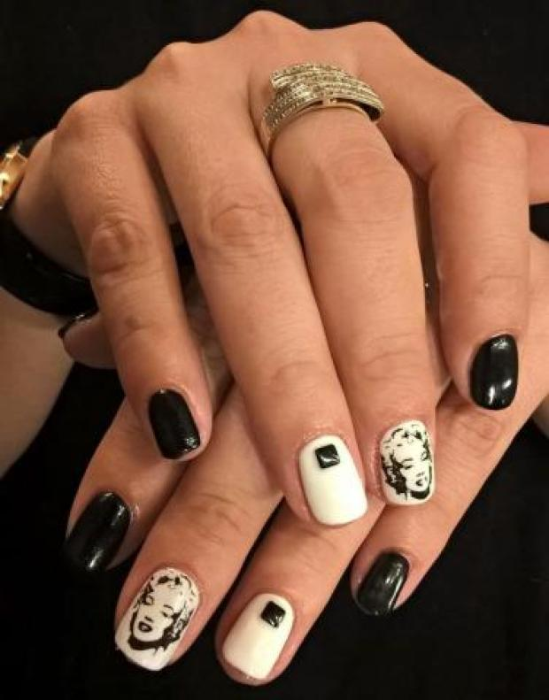 Nails with celebrities