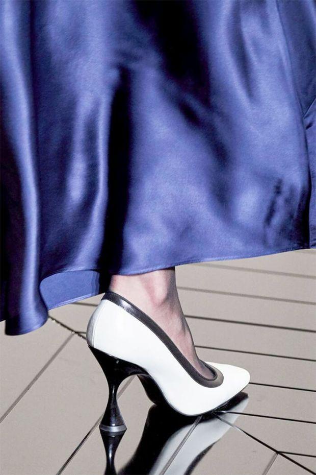 Hourglass heel footwear 2020 2021