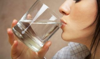 drinking water, water benefits