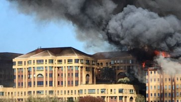 BUILDING ON FIRE IN BRAAMFONTEIN OFFICE PARK