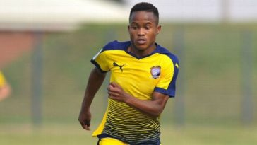 Starlet Jets Out For Barcelona Trial