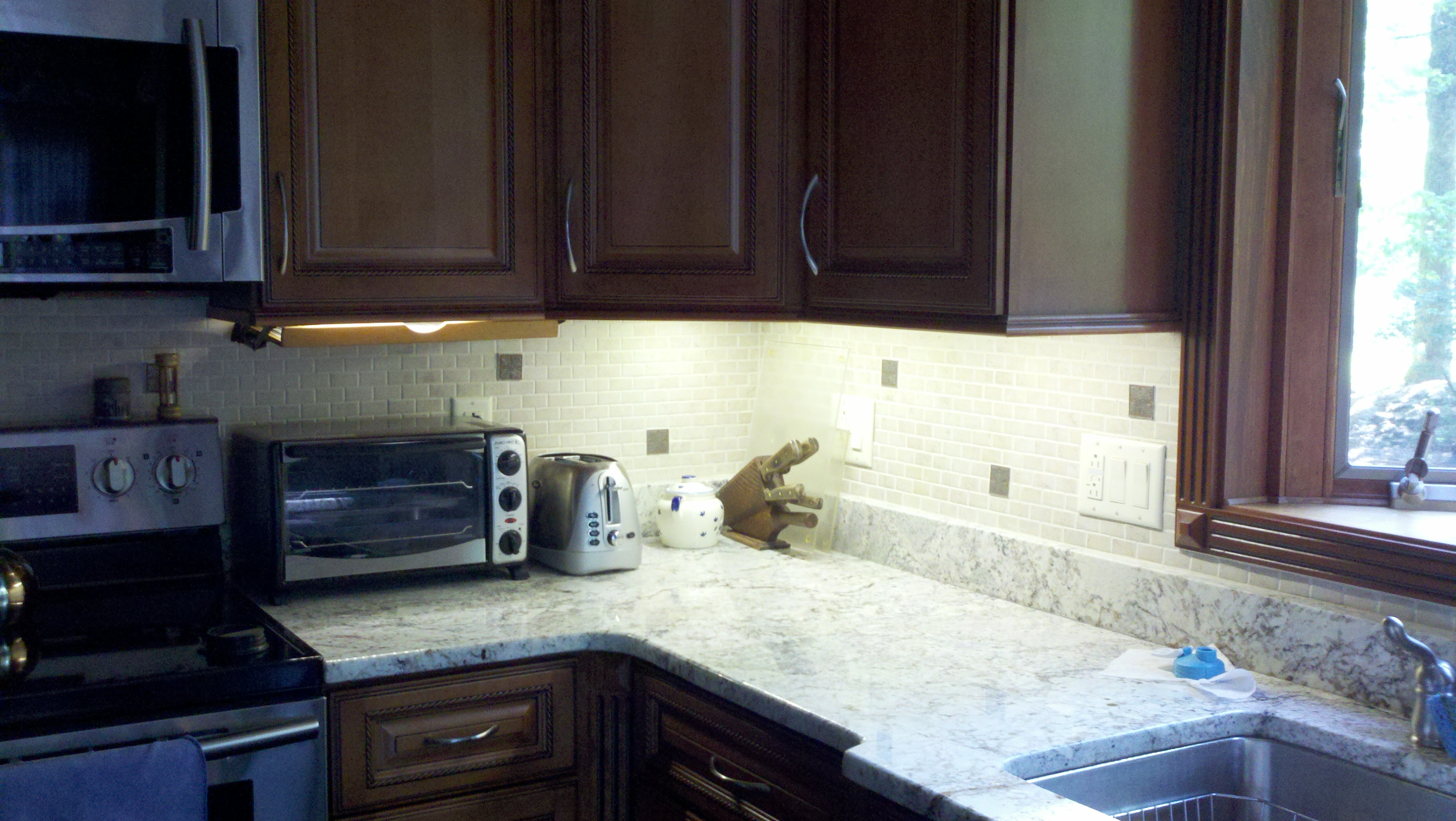 HowTo: Make Your Own Beautiful Under Cabinet LED Lights