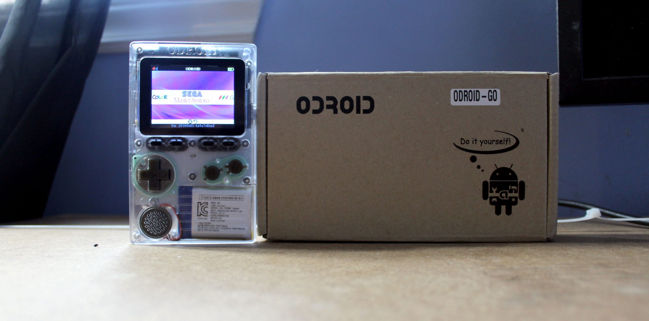 ODroid Go (Video) – Portable Emulator – Unboxing, Assembly, Configuration, Gameplay with Video!