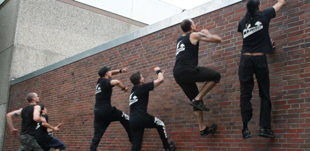 parkour wall climbing