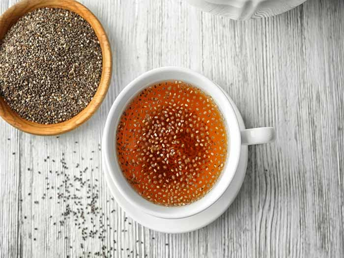 chia seeds in tea