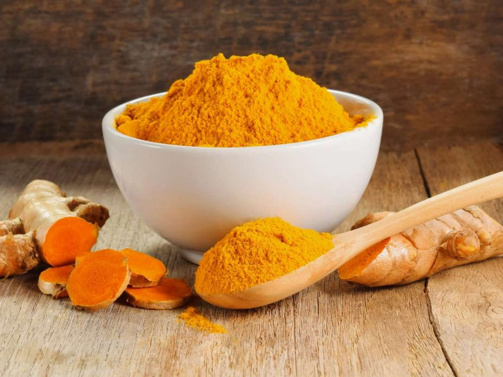 turmeric for treating swelling