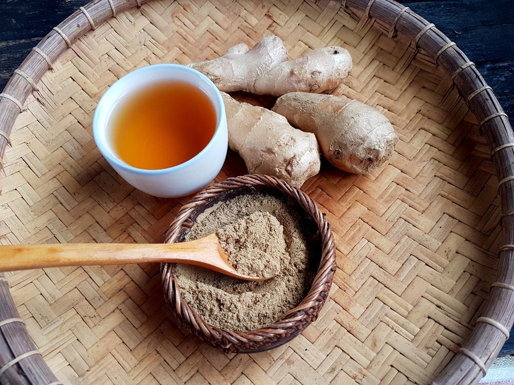 Pepper and ginger tea
