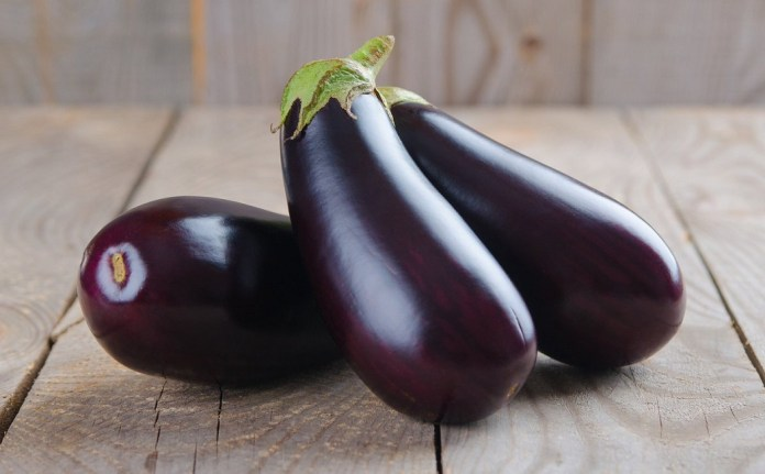 eggplant to get rid of nose freckles