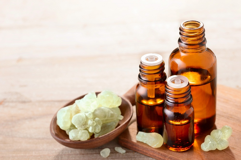 frankincense essential oil for calming